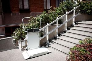 simo plataforma elevatoria para escadas exteriores retas